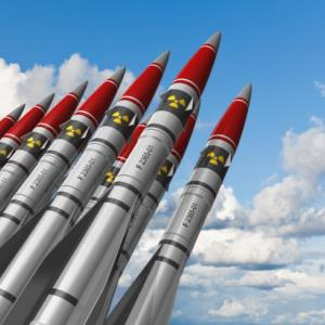 Should Nuclear weapons be destroyed?